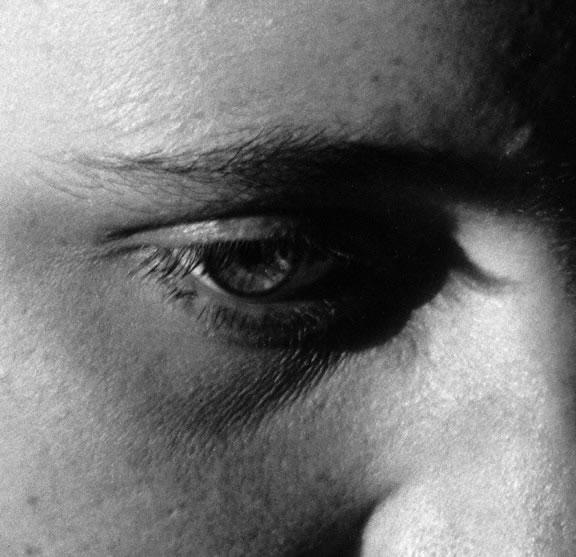 Imogen_Cunningham_Eye_of_Portia_Hume_1930