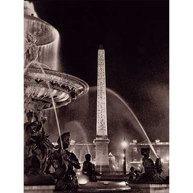 Brassai_Obelisk_and_Fontains_in_the_Place_De_La_Concorde_1933