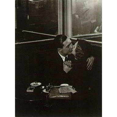Brassai_Lovers_in_a_Bistro_1932-1933